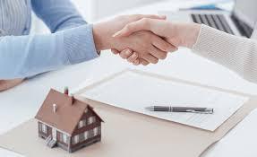 Thủ tục công chứng hợp đồng chuyển nhượng nhà ở theo quy định mới nhất – HÃNG LUẬT 24H