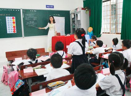 Giáo viên nhiều tỉnh sẽ được hưởng thu nhập tăng thêm? – luật 24h