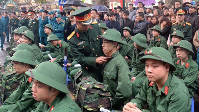 Con đi nghĩa vụ quân sự bố mẹ được hưởng nhiều quyền lợi gì không – luật 24h
