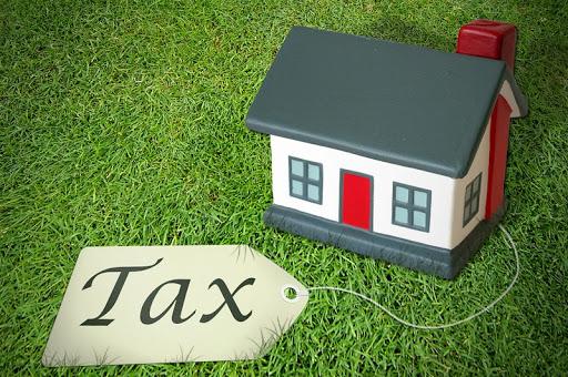 Mua đất nhưng chủ sở hữu lại ủy quyền bán có phải đóng hai lần thuế – Luật 24h