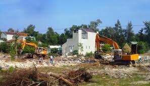 Có được cưỡng chế thu hồi đất khi công dân đang có khiếu nại kiến nghị không? – Luật 24h